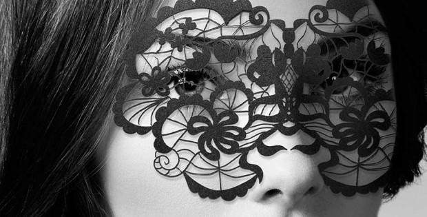 imbesharam-mascara-anna-web