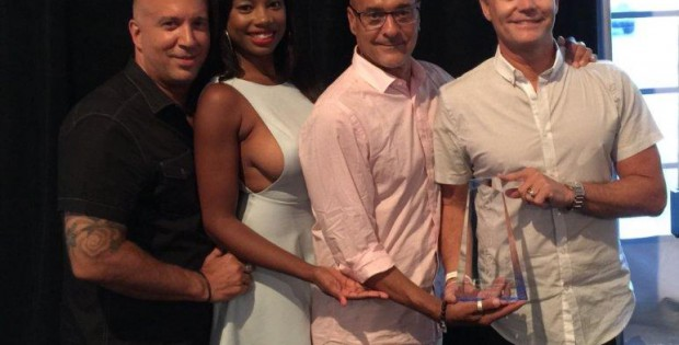 5John, Yasmeen, Richie and Jack with the award_mitlogo