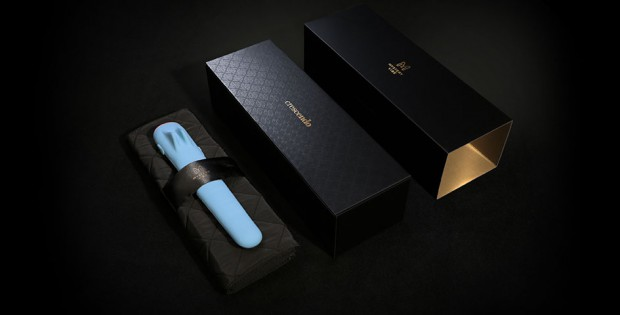 MysteryVibe Crescendo with packaging