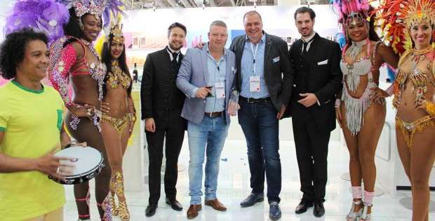 EDC at eroFame 2016 with award