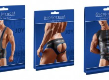 Three Underwear packaging